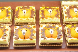 "Character-Themed Delicious Treats! Enjoy the World of ""Jump"" at New Theme Park ""J-World Tokyo"" [2/2]"