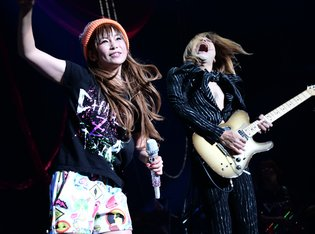 Shoko Nakagawa Reveals a Stage of Chaos on Her All-Japan Tour!