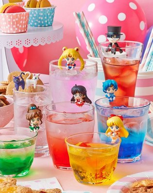The Sailor Scouts Ride on Your Cup, Super-Cute Figure Mascots to Release in December