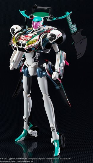 "Hatsune Miku Becomes a Racing Car! Pre-Orders Begin for Transforming Robot ""GearTribe Hatsune Miku GT Project 2014 Ver."""