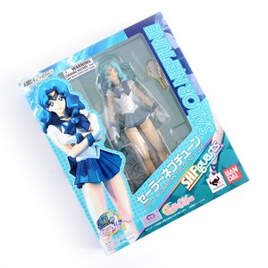 S.H.Figuarts Sailor Moon Sailor Neptune