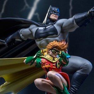 Art Scale The Dark Knight Returns Batman & Robin -Frank Miller Edition- 1/10 Scale Statue [Pre-order]