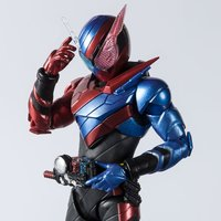 S.H.Figuarts Kamen Rider Build Rabbit Tank Form