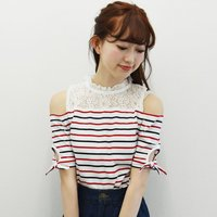 LIZ LISA Open Shoulder Lace Striped Top