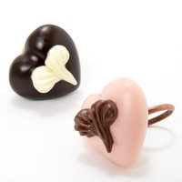 Q-pot. Parlor Heart on Heart Chocolate Rings