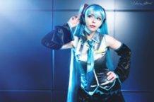 Miku Hatsune (Vocaloid) Cosplay by Calssara
