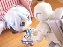 Snow Miku and ASIMO