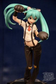 Over 200 Pictures from Wonder Festival 2013 Winter!