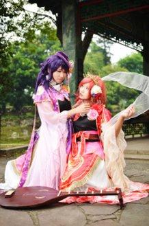 Love between Goddesses: Maki x Nozomi