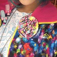6%DOKIDOKI Hankouteki Shikisai Logo Agitation Badge