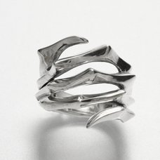 Parasyte Spiral Claw Ring