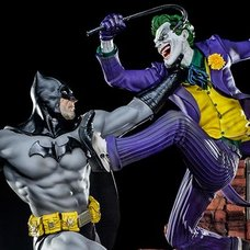 DC Comics by Ivan Reis Batman vs Joker Battle Diorama 1/6 Scale Figure