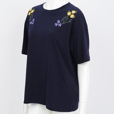 Ozz Oneste Embroidered Flowers T-Shirt