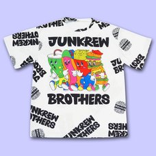 NUEZZZ JUNKREW BROS. All-Over Print T-Shirt