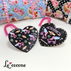 Le cocone Neon Heart-Shaped Pass Case