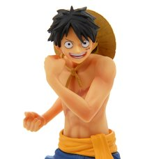 One Piece the Naked: 2017 One Piece Body Calendar Vol. 5: Monkey D. Luffy