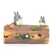 My Neighbor Totoro: Totoro's Flower Trumpet Accessory Box