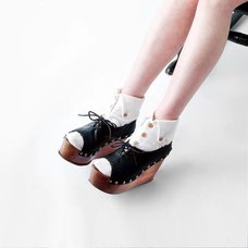 ERIMAKI SOX  Button Down Collar Socks