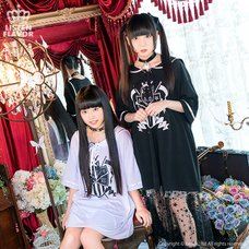 LISTEN FLAVOR Sinister Black Cat Lace-Up Sailor Dress