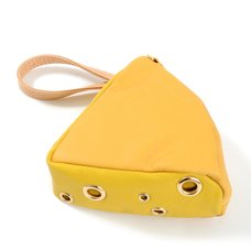 Accommode Cheese Pouch