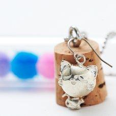Silver Nyanko Yura Yura Earrings