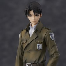 Attack on Titan Levi: Coat Style Non-Scale Figure