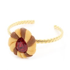 Q-pot. Jewel Cookie Strawberry Bangle
