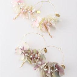 Honey Salon Flower Hoop Earrings