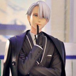 ArtFX J Yuri!!! on Ice Victor Nikiforov