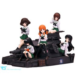 CharaGumin Anglerfish Team Set (Uniform ver.) | Girls und Panzer Garage Kit
