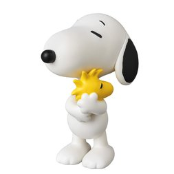 Ultra Detail Figure Peanuts Series 7: Snoopy Holding Woodstock