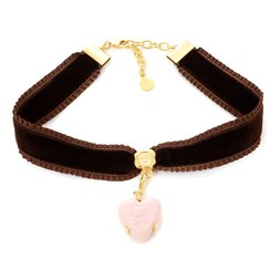 Q-pot. Velvet Ribbon Choker w/ Puchi Arrow Heart Milky Strawberry Charm
