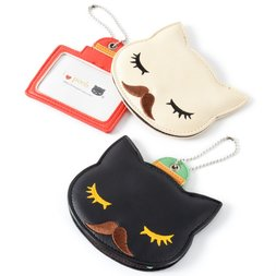 Pooh-chan Mustache Pass Case