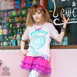 LISTEN FLAVOR Magical Girl Miracle Usami Magical T-Shirt