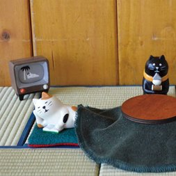 concombre Hot‐Spring Cat Hotel Mini Figures