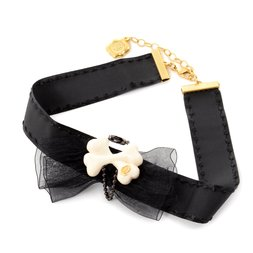 Q-pot. Black Ribbon x Bone Choker