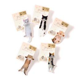 Osewaya Dangling Cat Earrings