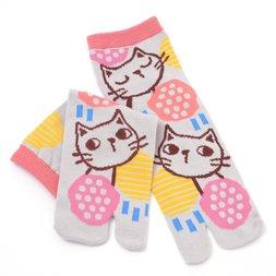 Nagomi Modern Women's Gray Cat Tabi Socks