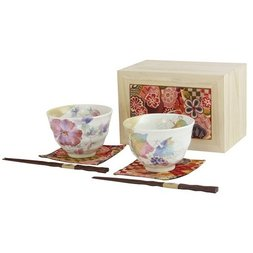 Hanatsumi Mino Ware Rice Bowl Set