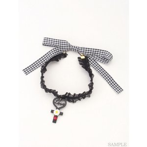 J-Fashion / Jewelry & Hair Accessories / Swankiss Heart Cross Choker