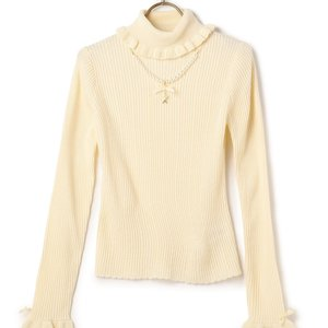 LIZ LISA Pearl Turtleneck