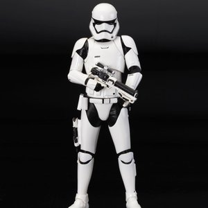 Figures & Dolls / Scale Figures / ARTFX+ Star Wars First Order Stormtrooper Single Pack