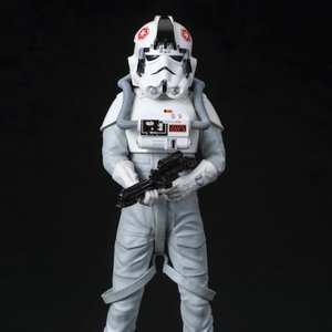 Figures & Dolls / Scale Figures / ArtFX+ Star Wars AT-AT Driver Statue