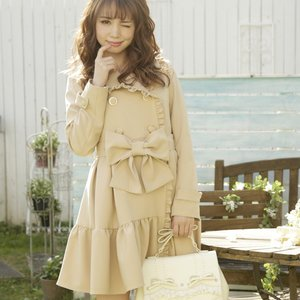LIZ LISA Frilly Trench Coat