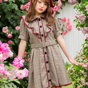 LIZ LISA Checkered Frilly Dress