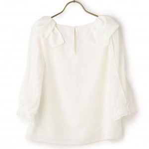 LIZ LISA White Shoulder Ribbon Blouse