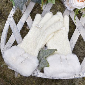 LIZ LISA Cable Knit Gloves