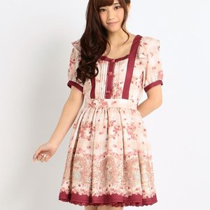 LIZ LISA Raspberry Pattern Dress