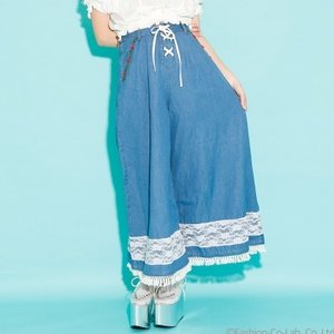 J-Fashion / Bottoms / Swankiss Rose Denim Gaucho Pants