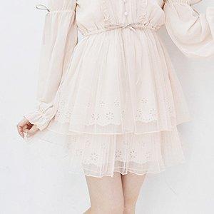 LIZ LISA Cutwork Lace Sukapan Skirt